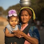 Mother and daughter at the Ananda Market in Bagan