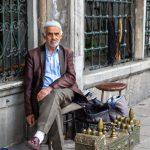 Shoeshine man, Istanbul